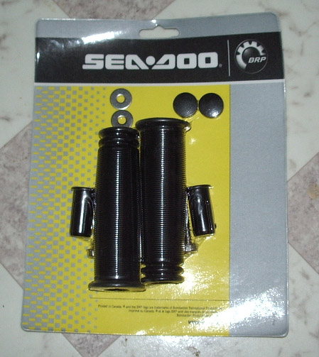 OEM GRIP KIT (BLACK - OLD STYLE) (SEA DOO 295500110)