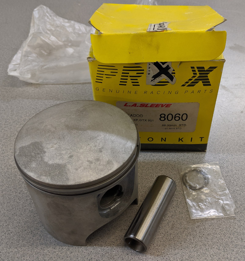 NOS PRO-X 947 STANDARD PISTON W RINGS PIN CLIPS