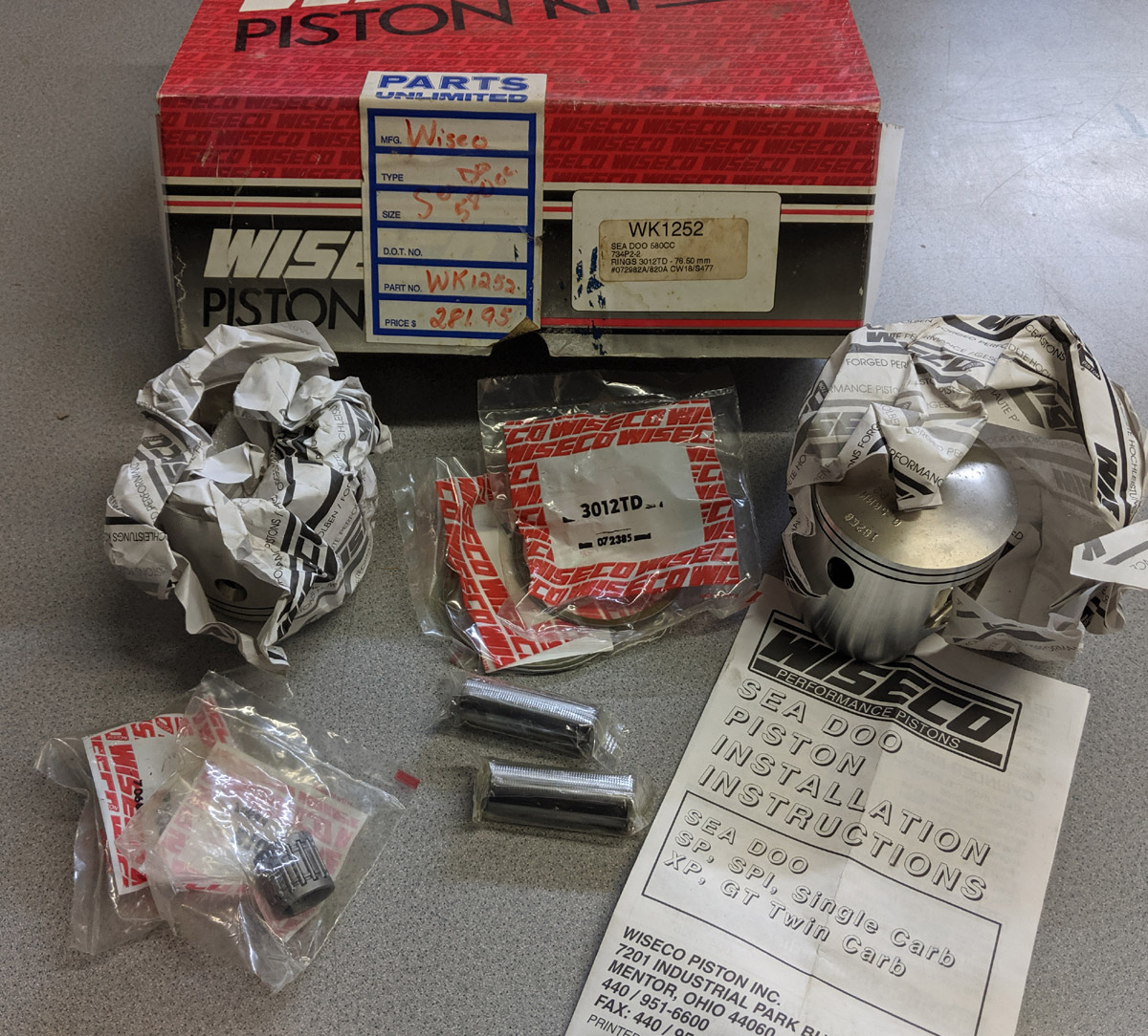SOLD! NOS WISECO 580 587 TOP END PISTON KIT (76.5mm)